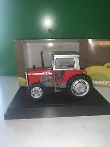 Universal Hobbies 1.32 Rare Massey Ferguson 590 Uh2835 Excellent Boxed