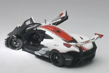 Autoart McLAREN P1 GTR GLOSS WHITE/RED STRIPES 2015 1/18 Scale New! In Stock!