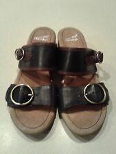 Woman's Dansko Black/Brown Leather Slip-on Heel Sandals with Buckle Sz 39/8.5-9