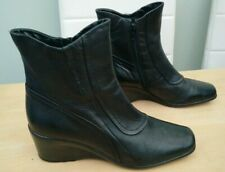 Clarks black leather wedge ankle boots size uk 7 eu 40