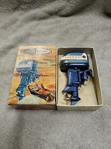 """Evinrude Outboard Miniature Boat Motor """"Rare"""" Vintage 1958 w/ Box and papers"""