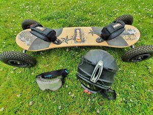Kheo Mountain Board With Helmet And Goggles - Black Orange
