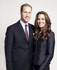 Catherine, Duchess of Cambridge & Prince William UNSIGNED photo - H5864