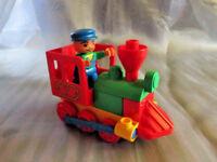 Lego Duplo Eisenbahn Lok Schaffner Zugführer aus 3770 Mein erster Zug Schiebelok