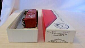 HO Scale InterMountain 40' Box Car, DL&W Lackawanna, Oxide Red, #55649 Built