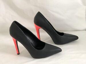 Quipid Pointy Toe Black/ Snakeskin Pattern  Peach Stiletto Heel Women's  8
