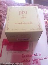 PIXI kit lovely Natural Minerals, eyes cheeks lips Petra no 3 St Tropez bronze