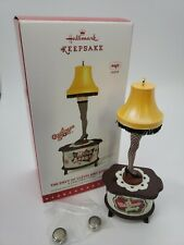 HALLMARK ORNAMENTS 2015 THE ENVY OF CLEVELAND STREET~TESTED NEW BATTERIES INCLUD