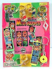 Comic Mix Blocs Rings Keychain Toys Charms Gumball Vending Machine Disp Card #97