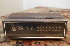Ge General Electric Flip Clock Radio Alarm 7-4305B Needs Servicing