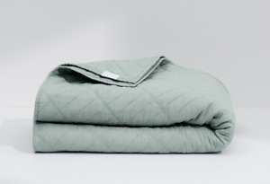"""NWT Casper """"The Airy Linen Quilt"""" Twin/TwinXL Sage"""