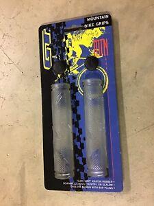 NOS GT Clear Flangeless Grips & bar ends Old School BMX Freestyle - Dyno Slammer