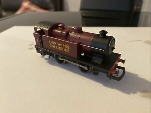 Hornby Class D Lion Works Collieries 0-4-0 Loco - OO -- Excellent Runner #2
