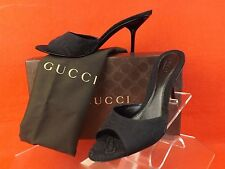 NIB GUCCI  BLACK  HORSEBIT PRINT LOGO CANVAS SANDALS MULES PUMPS 39 9 $525