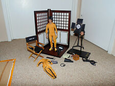 Damaged 2011 Enterbay Game of Death Bruce Lee 1/6 Scale Figure Complete in Box
