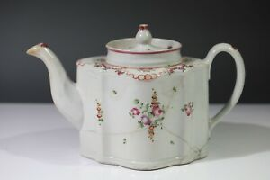 New Hall Pattern 195 Floral Sprays with Festoons Porcelain Teapot 1780s AA