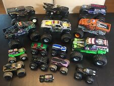 HOT WHEELS MONSTER JAM - Lot Of 7 1:24 And 7 Small 1:64  - Some VHTF