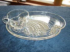 Snack Plate Cup * Federal Glass Homestead Beads Laurels