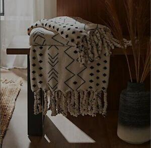 Dunelm Boho Tassel White Fleece Blanket Throw Brand New Christmas Novelty