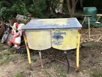Vintage Galvanized Metal Double Washtub Wash Tub on stand Farm Fresh with Lid