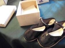 VINTAGE BABY SHOES SIZE 3 MARY JANES