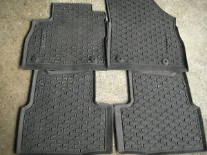 Gummifußmatten für Opel Astra K, vorne+hinten