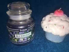 VINTAGE BLACK BAND SMALL 3.7 OZ JAR YANKEE CANDLE BLUEBERRY 35 HRS FRUIT