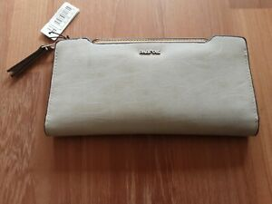 Beige Purse with Zip Coin and Cards Section New with Tags