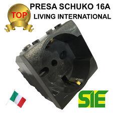Bticino PRESA SCHUKO BIPASSO LIVING LIGHT INTERNATIONAL 16A