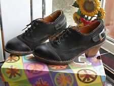 WOMEN'S BLACK ART SHANGHAI SHOES SIZE 37  UK 4