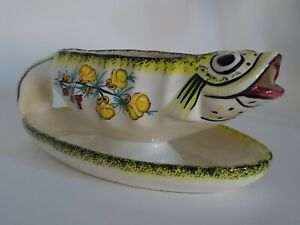 SAUCE BOAT FISH FRENCH FAIENCE HENRIOT QUIMPER BRETON  crica 1950s'