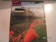 **a La vie du Rail n°1356 Vapeurs à travers le Brie / Escalators gare Paris Nord