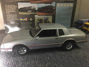 Welly 1:18 1987 Chevrolet Monte Carlos SS Silver Car Model Toy