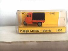 ARTAPO motocarro PIAGGIO cassone con telone - colore arancione in HO 1/87