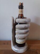 Très joli porte bouteille en forme de mains en bois - 25 cm