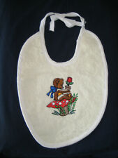 Bavoir bébé brodé ours en coton 26 X 21 cm avec cordon pour attache