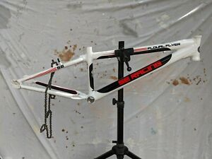 SE Racing Floval Flyer 24 BMX Race bicycle frame White Black Red 2013