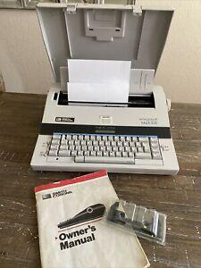 Smith Corona Mark XVII Spell Right Dictionary Electric Memory Typewriter+ Extras