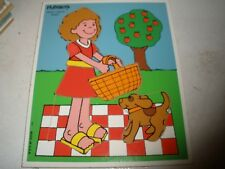 VINTAGE PLAYSKOOL Wooden Tray Jigsaw Puzzle PICNIC 186-04