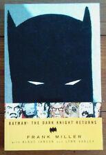 BATMAN: THE DARK KNIGHT RETURNS, FRANK MILLER, TITAN BOOKS/DC COMICS, VF