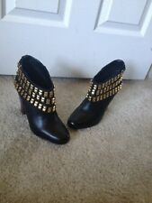Betsey Johnson Ankle Boots Camper Black Gold Studs Size 8.5 M