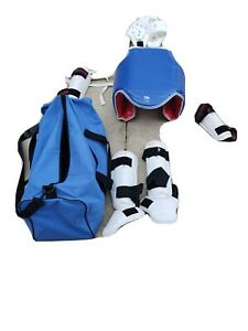 Taekwondo Karate Martial Arts Gear Lot ... Size  3M with bag red,white,blue