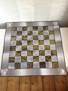EAGLEMOSS THE MARVEL CHESS COLLECTION 2015 FULL SIZE FOLDING CHESS BOARD