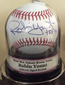 Robin Yount Signed Baseball WWA Encapsulated Auto Graded 10