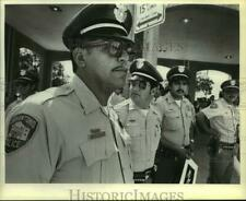 1984 Press Photo Reuben Rendon with Other San Antonio Police Officers at Protest