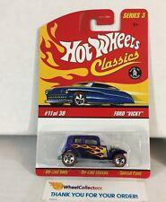 Ford Vicky * Blue * Classics Hot Wheels * NH17