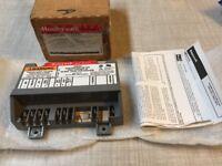 Honeywell S8600C Intermittent Ignition Control