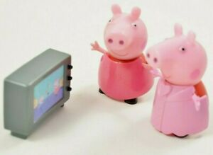 """Peppa Pig 2"""" Figures x 2 with changeable clothes and TV set bundle lot"""