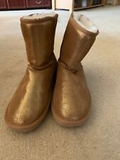 Cloud Nine Gold Glitter Style Boots Size 8