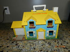 Vintage 1969 Fisher Price Little People FAMILY PLAY HOUSE #952 With  Xtras
